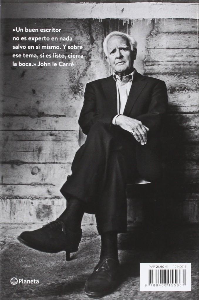 """Volar en círculos"" es la última novela de John le Carré"