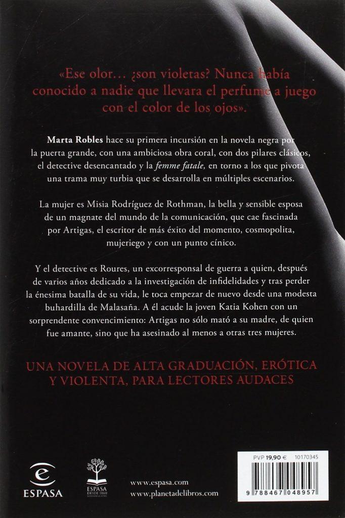 """Novela negra- Thriller de Marta Robles 2017 """"A menos de cinco centímetros"""""""
